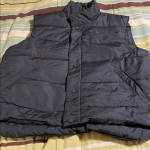 Men's Puffer Vest. NWOT!